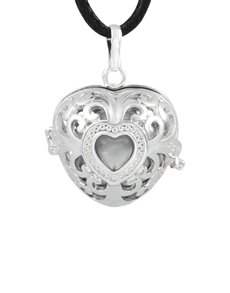 jewellery: Shiroko Harmony Bell Heart Pendant Necklace!