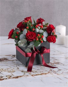 gifts: Hypericum and Red Rose Box!