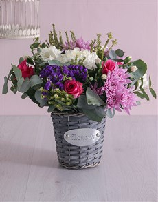gifts: Floral Basket of Delight!