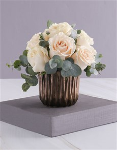 flowers: Cream Roses in Bronze!
