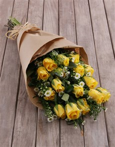 flowers: Yellow Rose and Daisy Bouquet!