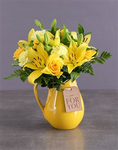 flowers: Wondrous Yellow Arrangements!