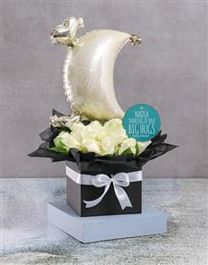 gifts: Personalised Big Hugs White Rose Arrangement!