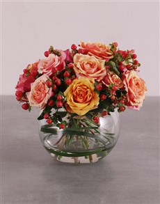 flowers: Sweet Cherry Brandy Roses In Vase !
