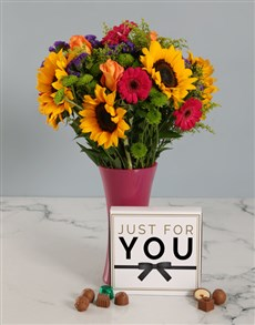 flowers: Chocolates and Sunflower Bouquet in a Vase!