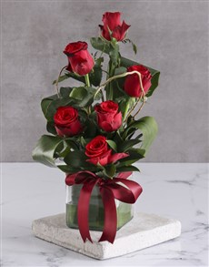 flowers: Red Roses In Clear Square Vase!