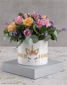 flowers: Marvellous Mixed Roses in White Round Box!
