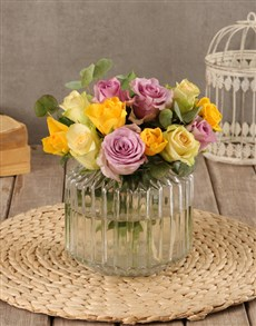 gifts: Dainty Mixed Rose Arrangement!