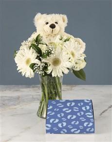 gifts: Mixed Roses and Chocs Baby Boy Gift!