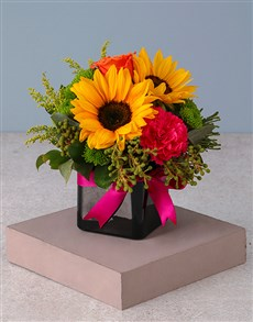 flowers: Sensational Sunflowers and Roses!