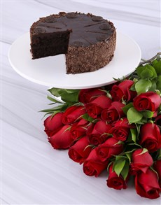 bakery: Rosey Bouquet With Chocolate Cake!