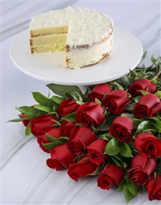 bakery: Red Rose Bouquet With Vanilla Cake!