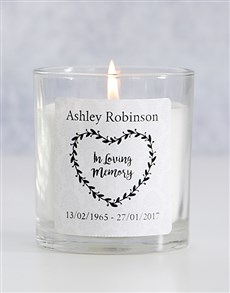 gifts: Personalised In Loving Memory Heart Wreath Candle!