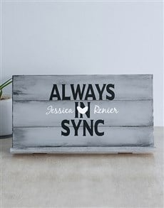 gifts: Personalised Always Sync Gadget Stand!