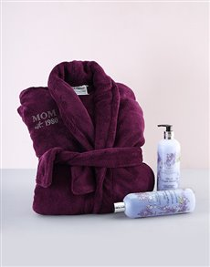 gifts: Moms Personalised Gown and Pamper Hamper!