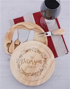gifts: Personalised Round Family Cheeseboard and Knives!
