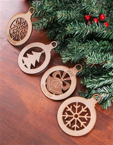 gifts: Personalised Wooden Christmas Decor!