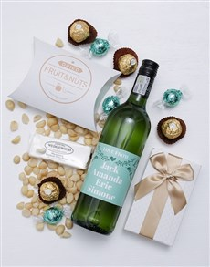 gifts: Personalised Love From Gourmet Hamper!