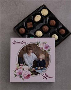 gifts: Personalised Number One Mom Chocolate Tray!