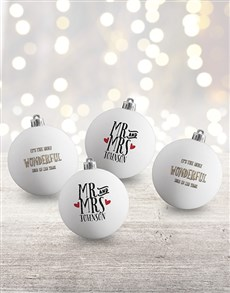 gifts: Personalised Mr and Mrs Baubles!