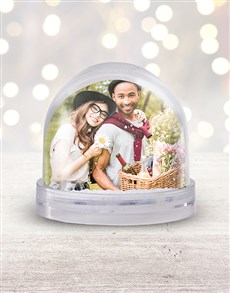 gifts: Personalised Christmas Photo Snow Globe!