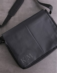 gifts: Personalised Monogram Laptop Bag!
