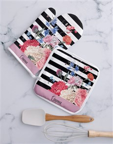gifts: Personalised Stripe And Floral Oven Mit Set!