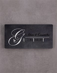gifts: Personalised Couples Key Holder!