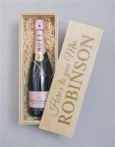 gifts: Personalised Moet Rose Crate!