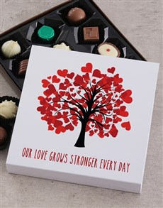 gifts: Personalised Love Grows Stronger Choc Tray!