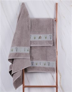 gifts: Personalised Green Leaves Stone Towel Set!