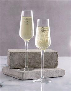 gifts: Personalised Mr And Mrs Champagne Glass Set!