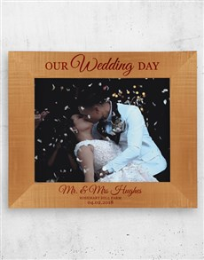 gifts: Personalised Our Wedding Photo Frame!
