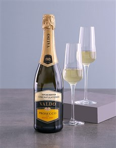 gifts: Personalised Valdo Prosecco!