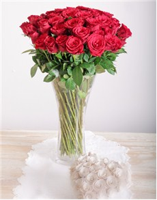 flowers: Red Roses in a Glass Vase!