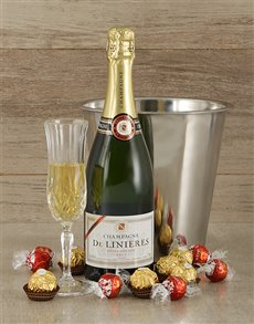 Gifts and Hampers - All Gifts: Chocolate Goodness and De Linieres Champagne!