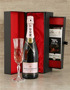 gifts: Moet & Chandon Champagne and Chocolate Gift Set!