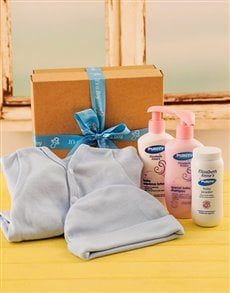 for Baby - Hampers and Gifts: Baby Boy Bed and Bathtime Gift Set!