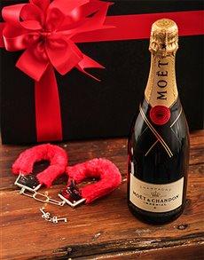 gifts: Bubbly Bondage!