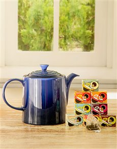 gifts: Le Creuset Tea Time Bliss Gift!
