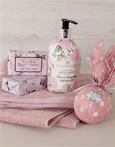 gifts: Hand in Hand Pamper Gift!