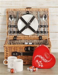 Gifts and Hampers - All Gifts: Basket of Love!