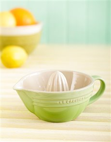gifts: Le Creuset Citrus Juicer!