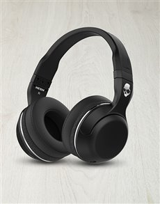 gifts: Skullcandy Hesh Wireless Headphones!