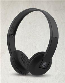 gifts: Skullcandy Uproar Wireless Headphones!