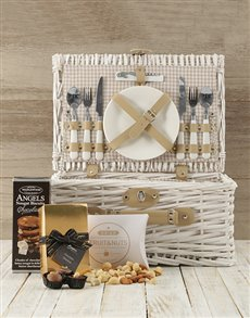 gifts: Made in Heaven Picnic Basket!