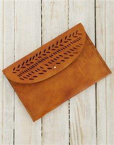 gifts: Ilundi Geometria Autumn Leaves Clutch !
