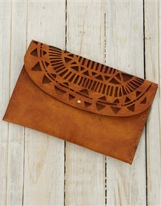 gifts: Ilundi Sunset Temple Clutch!