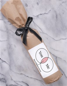 gifts: Venn Diagram Wine in Craft Paper!