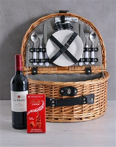 gifts: La Motte Riviera Picnic Basket!